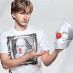 david-tennant-helps-to-launch-red-nose-day-2011